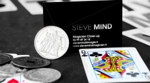 steve mind magicien close up paris.jpg
